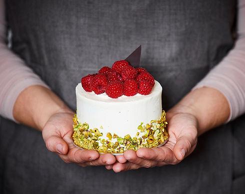 Cake Creations kager.jpg