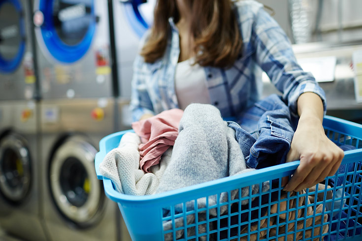 clothes-in-laundry-basket-MBMQDS9.jpg