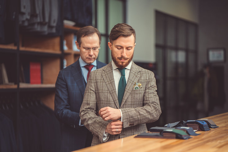 businessman-in-suit-P3CYN6Y.jpg