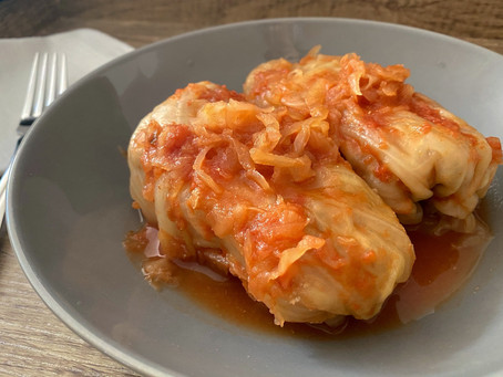 Slow Cooker Healthy Stuffed Cabbage