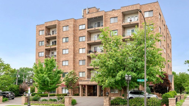 745 Grand Ave #404