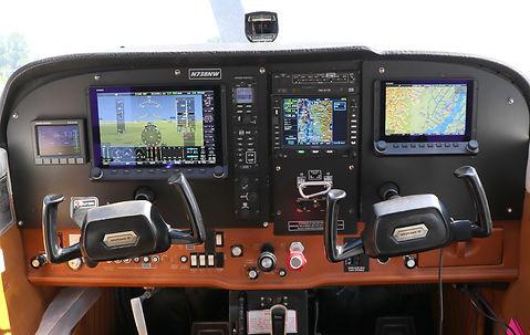 172-hdx-panel-hr-02.jpg