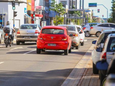 licenciamento de veículos com placas 3 e 4 vence neste mês
