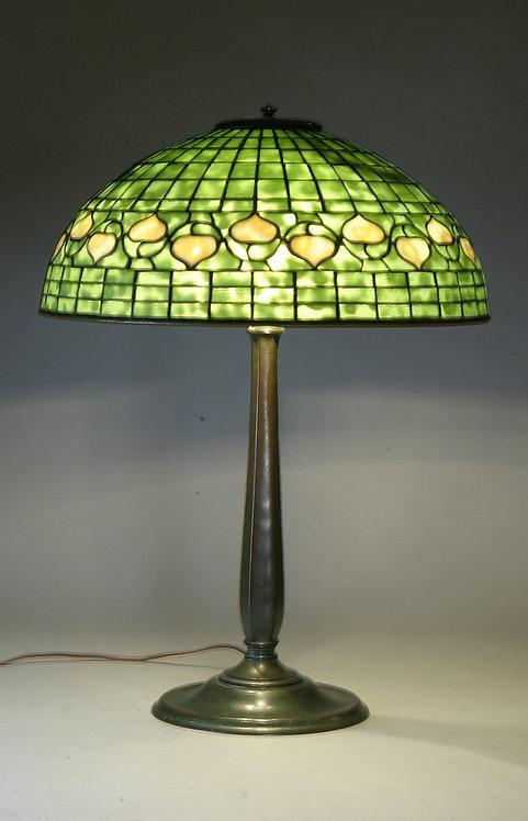 Tiffany Studios 16″ Acorn Lamp