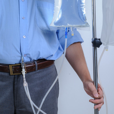 Peritoneal-Dialysis-user-with-catheter-a