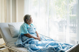 Asian-depressed-elderly-woman-patients-l