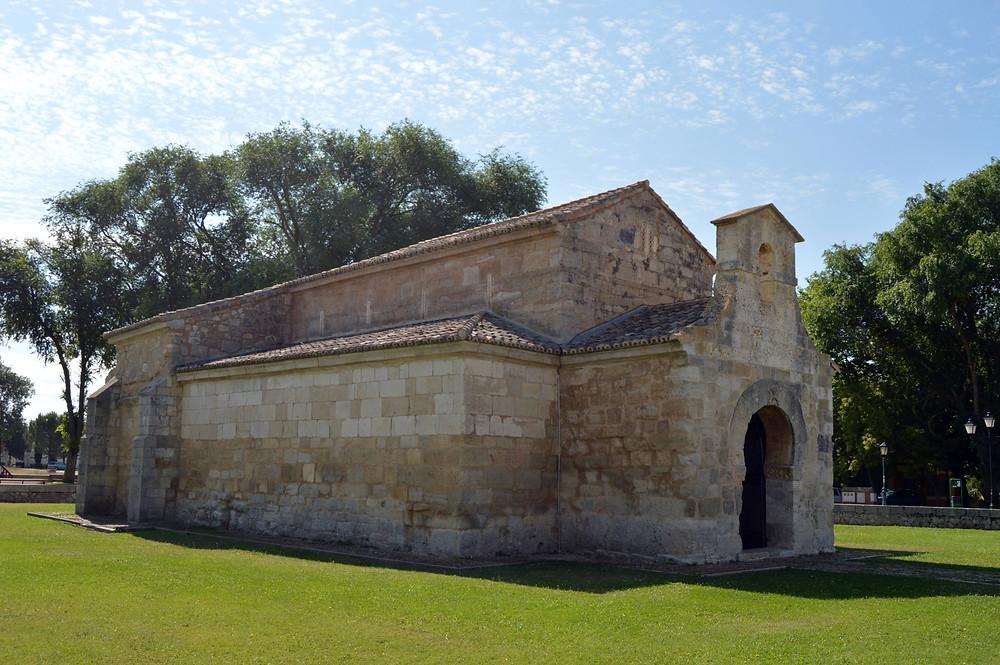 Basílica de San Juan de Baños.