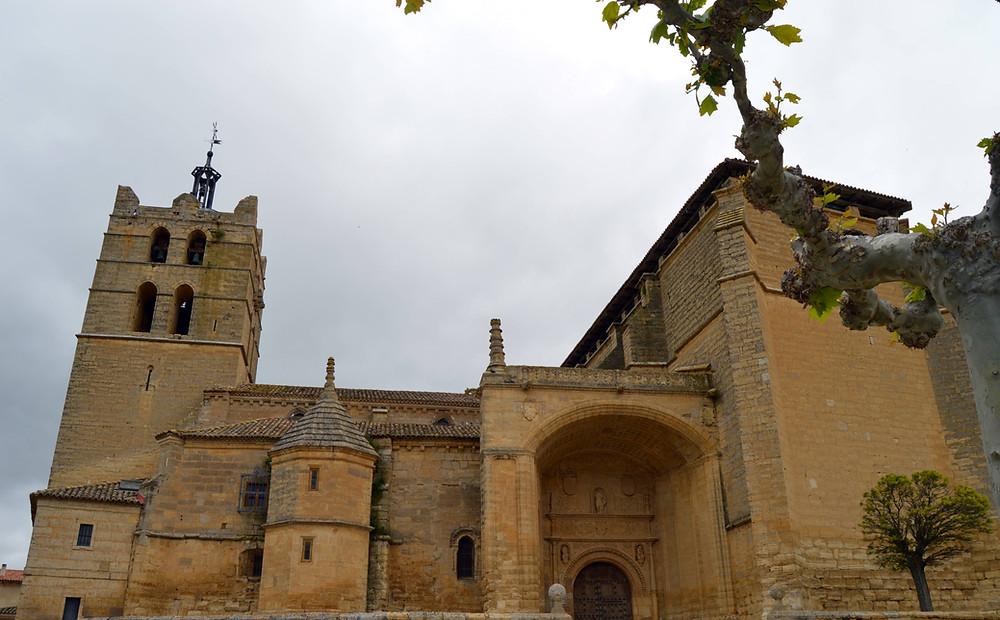 Iglesia de Santoyo.