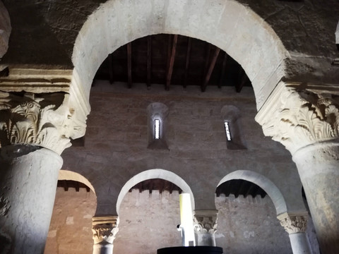 La basílica visigótica de San Juan de Baños, testigo de siglos de historia