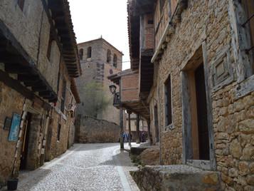 Un apasionante viaje a la Edad Media en Calatañazor, pueblo soriano con un encanto especial