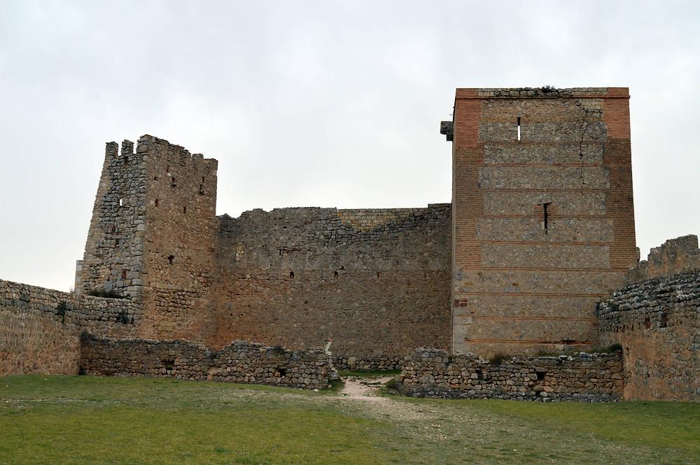Torre del Homenaje y Torre de Almanzor.