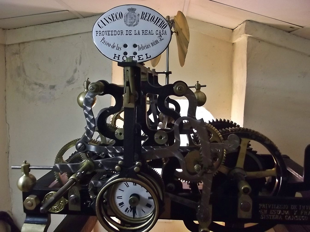 Reloj de Adanero ubicado en el Ayuntamiento.