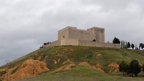 El castillo de Monzón de Campos, una fortaleza histórica cerrada desde hace 20 años
