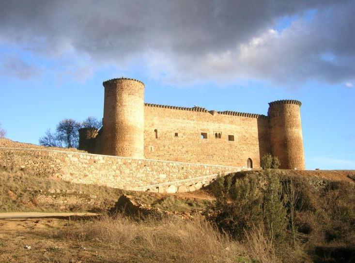 Castillo de Valdecorneja.