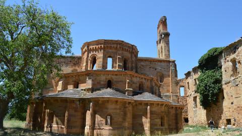 El Monasterio de Santa María de Moreruela, una joya  cisterciense en ruinas que busca resurgir