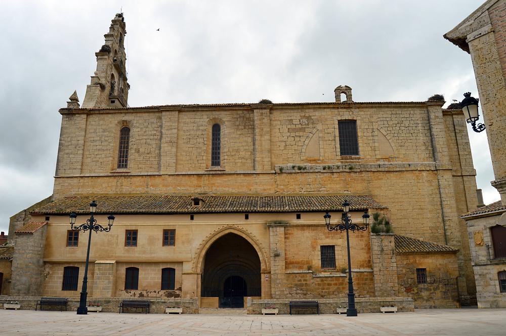 Iglesia de San Pedro de Amusco.