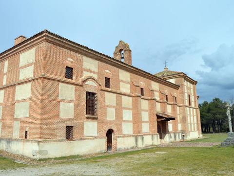 La ermita más grande de Segovia, un Monumento Histórico Protegido rodeado de pinares