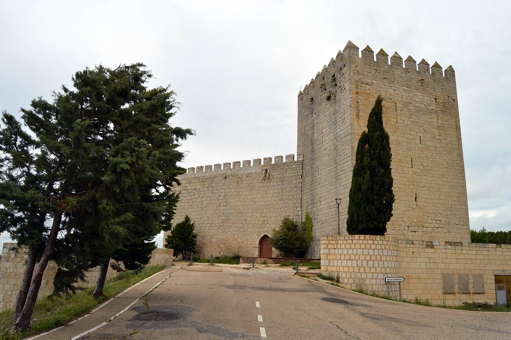 Castillo de Monzón de Campos.