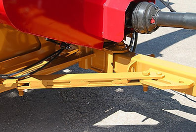 Haybuster 2574 centering hitch