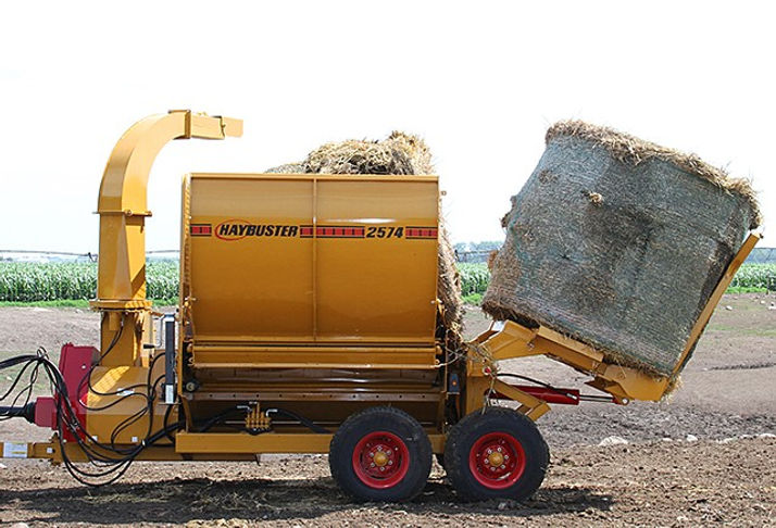 Haybuster 2574 Balebuster, hay processor, straw blower, round bale blower