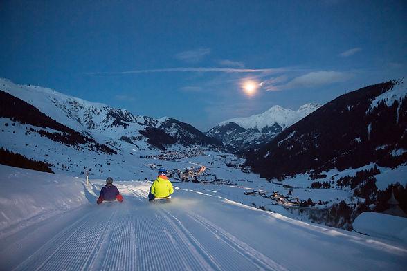 Snow-Night, Schlitten fahren zwischen Milez und Dieni