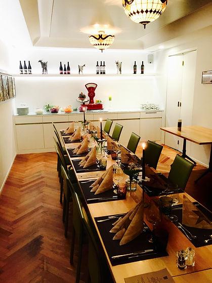 Gedeckter Tisch, Feiern im kleinen Saal Restraunt Krüzli Sedrun