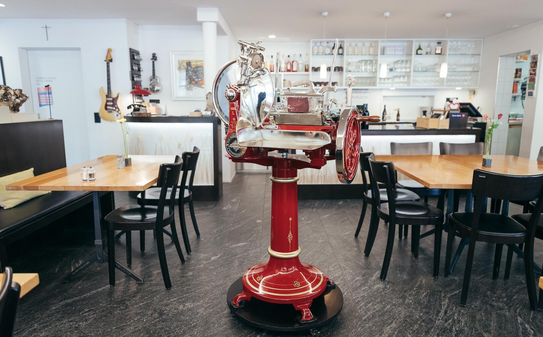 Van Berkel Aufschnittmaschine im Restaurant Krüzli