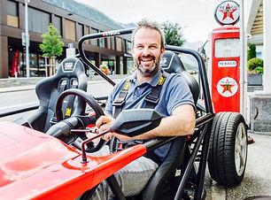 Curdin Brugger mit eRod Elektrofahrzeug