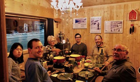 Fondueabend mit Familie