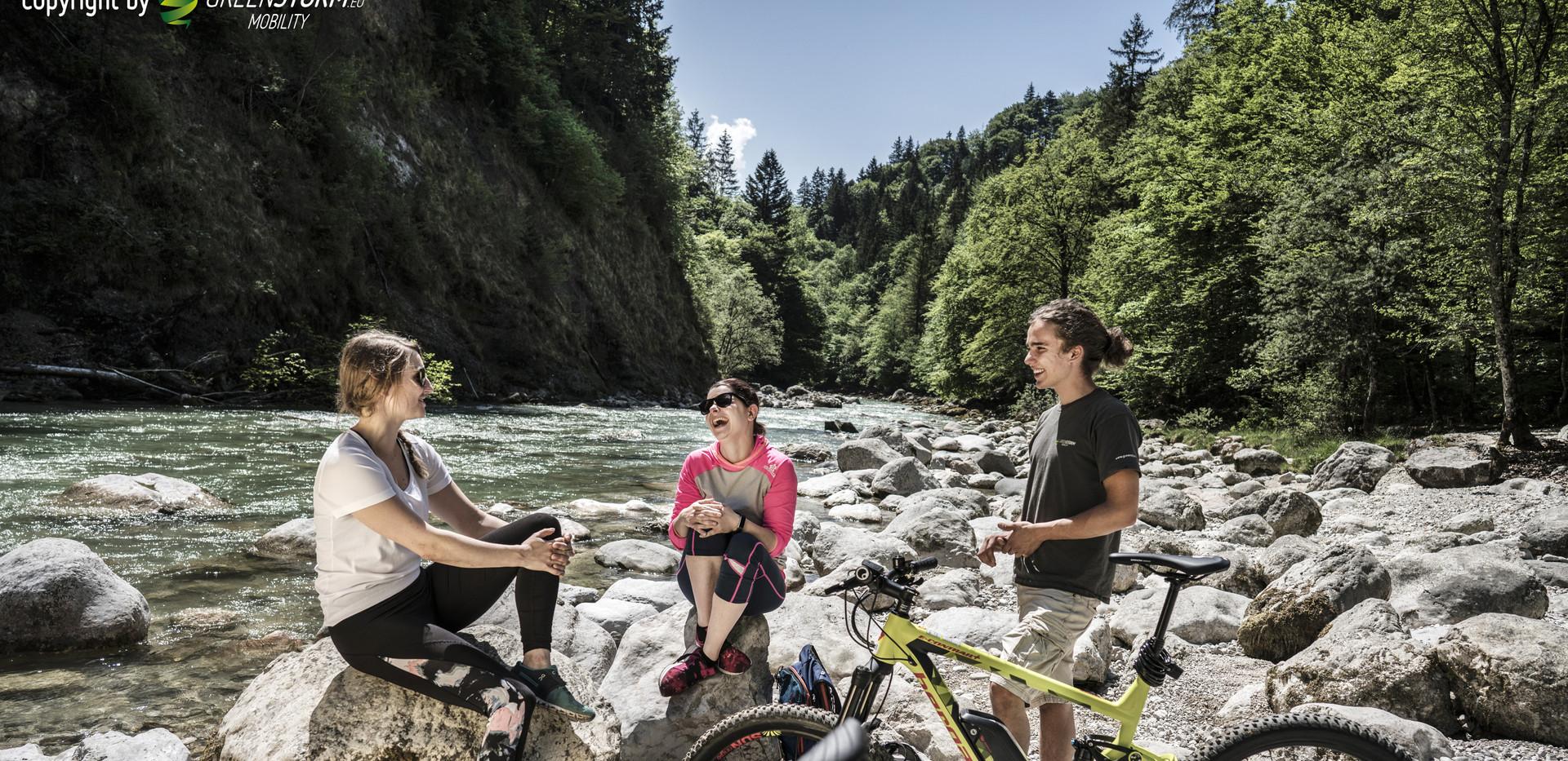 mit den Bikes zum Rhein