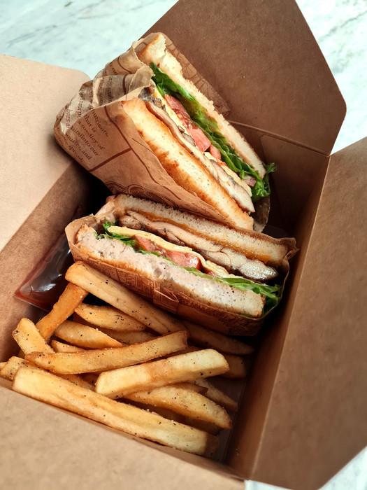 W Bistro Grilled Chicken Sandwich 143-mi