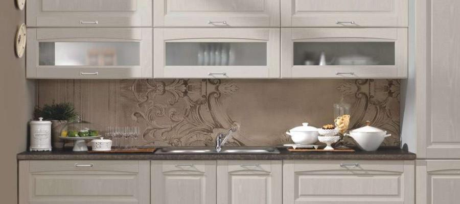 cucina-classica-bea-particolare-area-operativa-lavaggio-con-pensili-doppi-con-apertura-vas