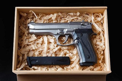 Пистолет Beretta 92FS шоколадный