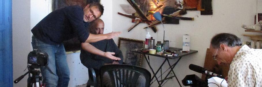 Tournage du film « Vu d'en haut les murs n'existent pas » de David Rivière et Frédéric Lamasse dans l'atelier de Dror Karta, plasticien, lors de la résidence de création de l'artiste à la Villa Le Rêve à Vence en 2016