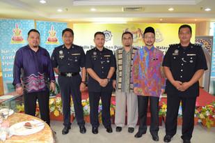 Pertikaian projek perintis penempatan pegawai polis di JAIS
