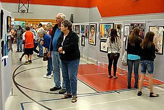 Visitors to Azalea Festival Art Show & Sale
