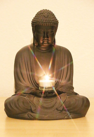 Cornelia Gessler-infirmière thérapeute-Santé Globale Corps Esprit-Détente relaxation méditation-Ateliers et Formations-Equilibre intérieur-Bouddha