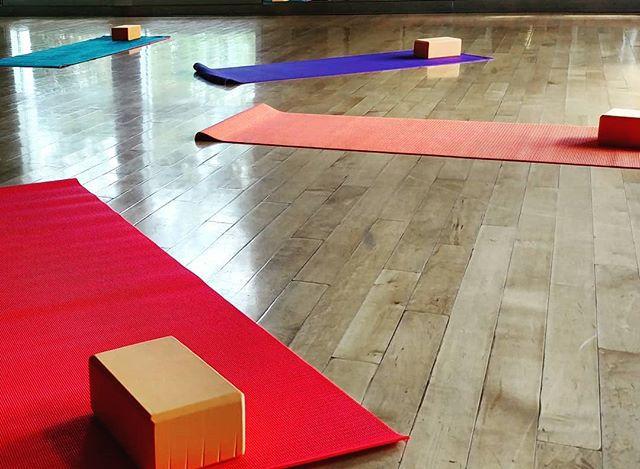 Àṣẹ Asana Community Yoga