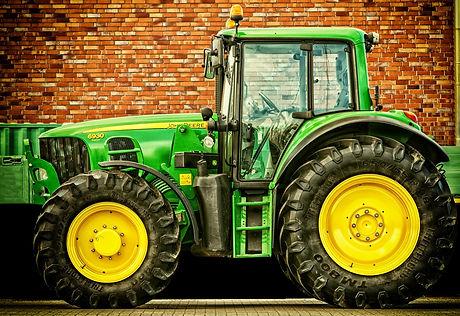 tractor-2077639_1920_edited.jpg