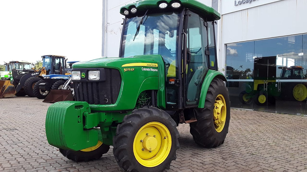 Tractor JD 5075 EF - 4x4 - Year 2018 -850 Hours -Coffee Maker