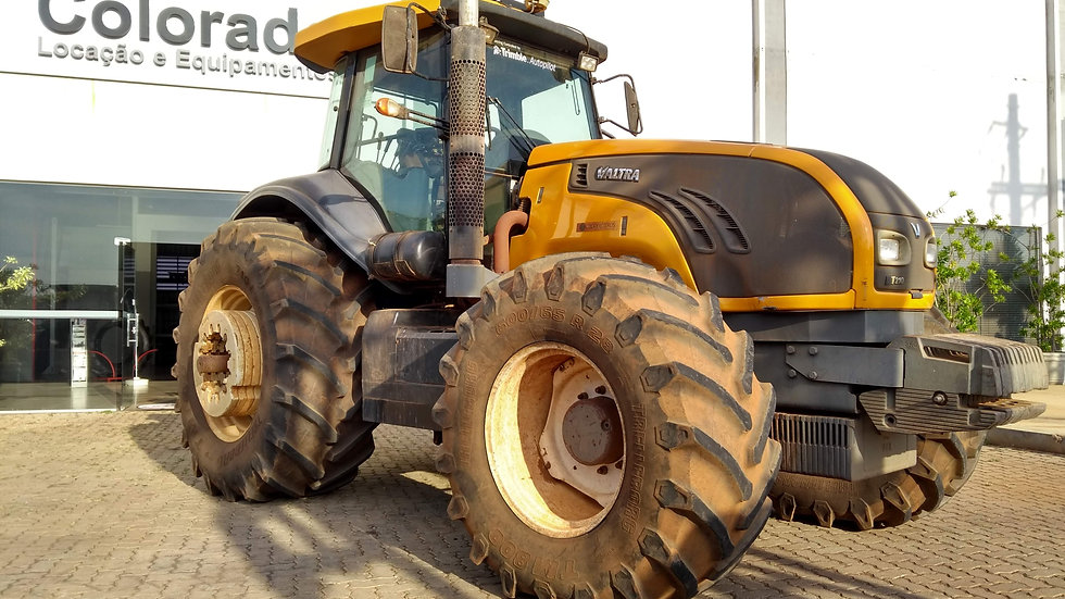Tractor BT 210 - 4x4  with Trimble Pilot - Year 2012 - 5616 Hours