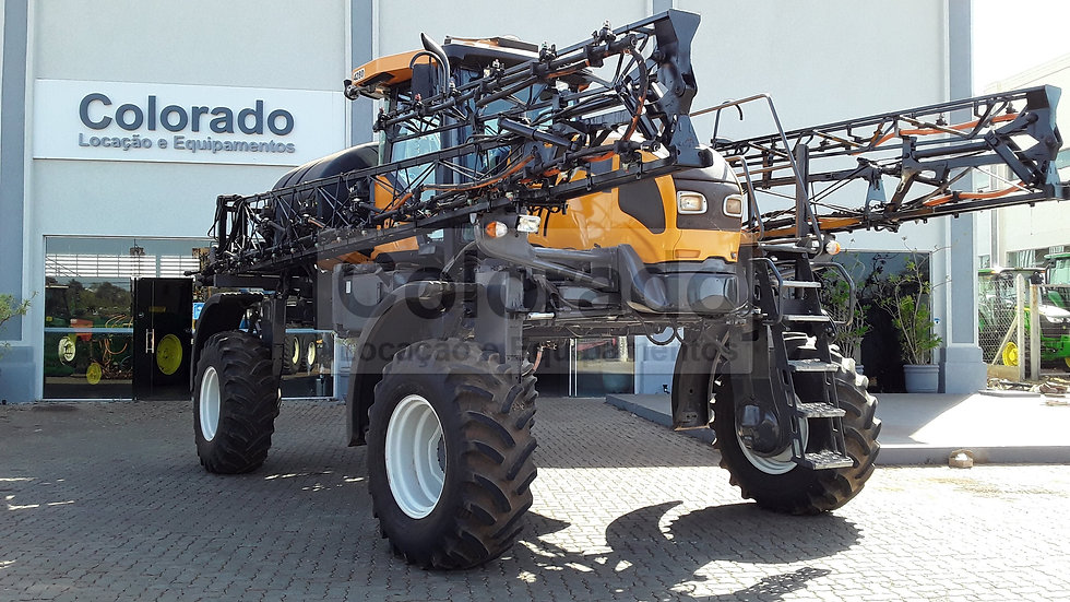 Agricultural Sprayer Valtra BS 3020H 4x4 2011 Year