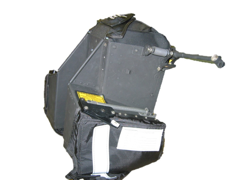 J119174-501 FLIP UP CONTAINER - SIDE.jpg