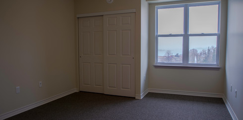 Room336-RideOutHouse-Img2.jpg
