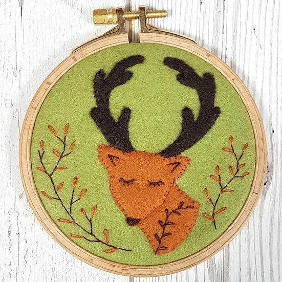 Folk Deer Mini Applique Hoop Kit