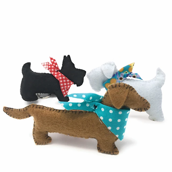 3 Felt Puppies sewing kit