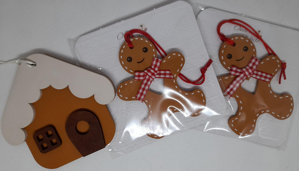 Mixed gingerbread decorations