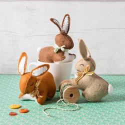 Felt bunny sewing kit