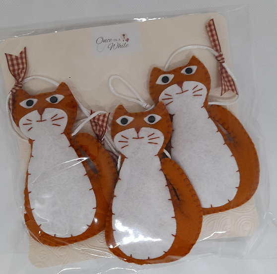 Ginger cat bunting