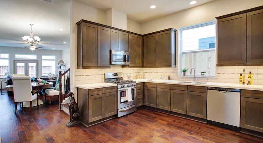 5941 Kansas - Kitchen (8).jpg